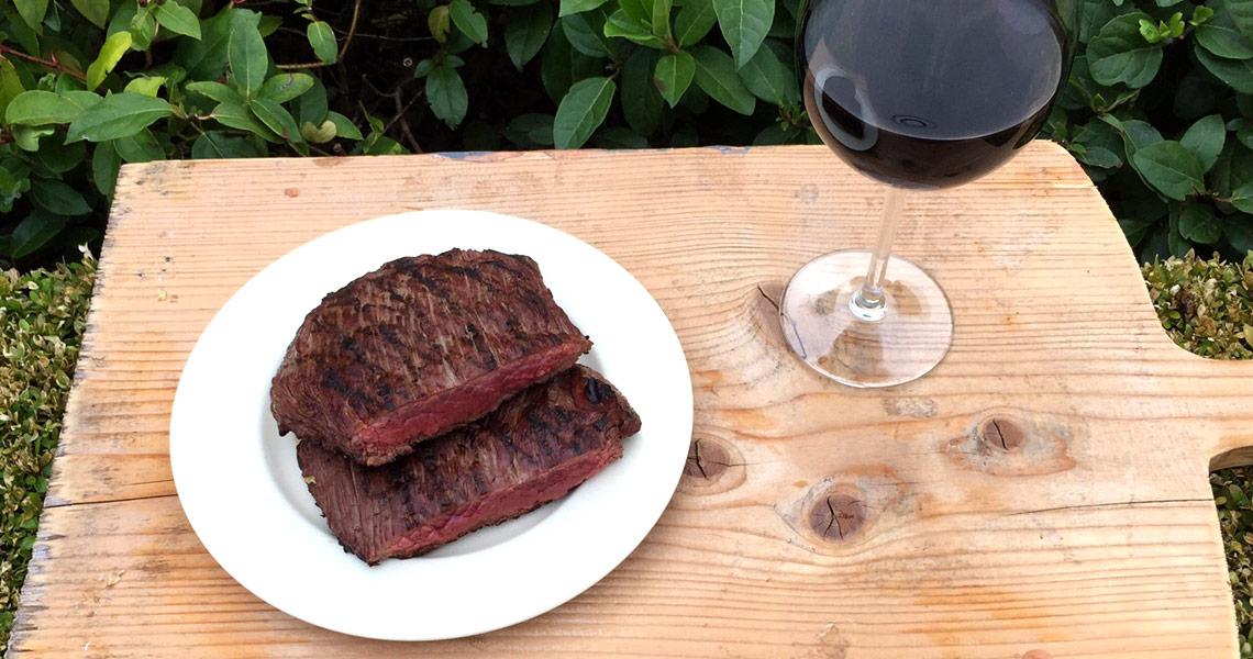 vlees direct op de kolen